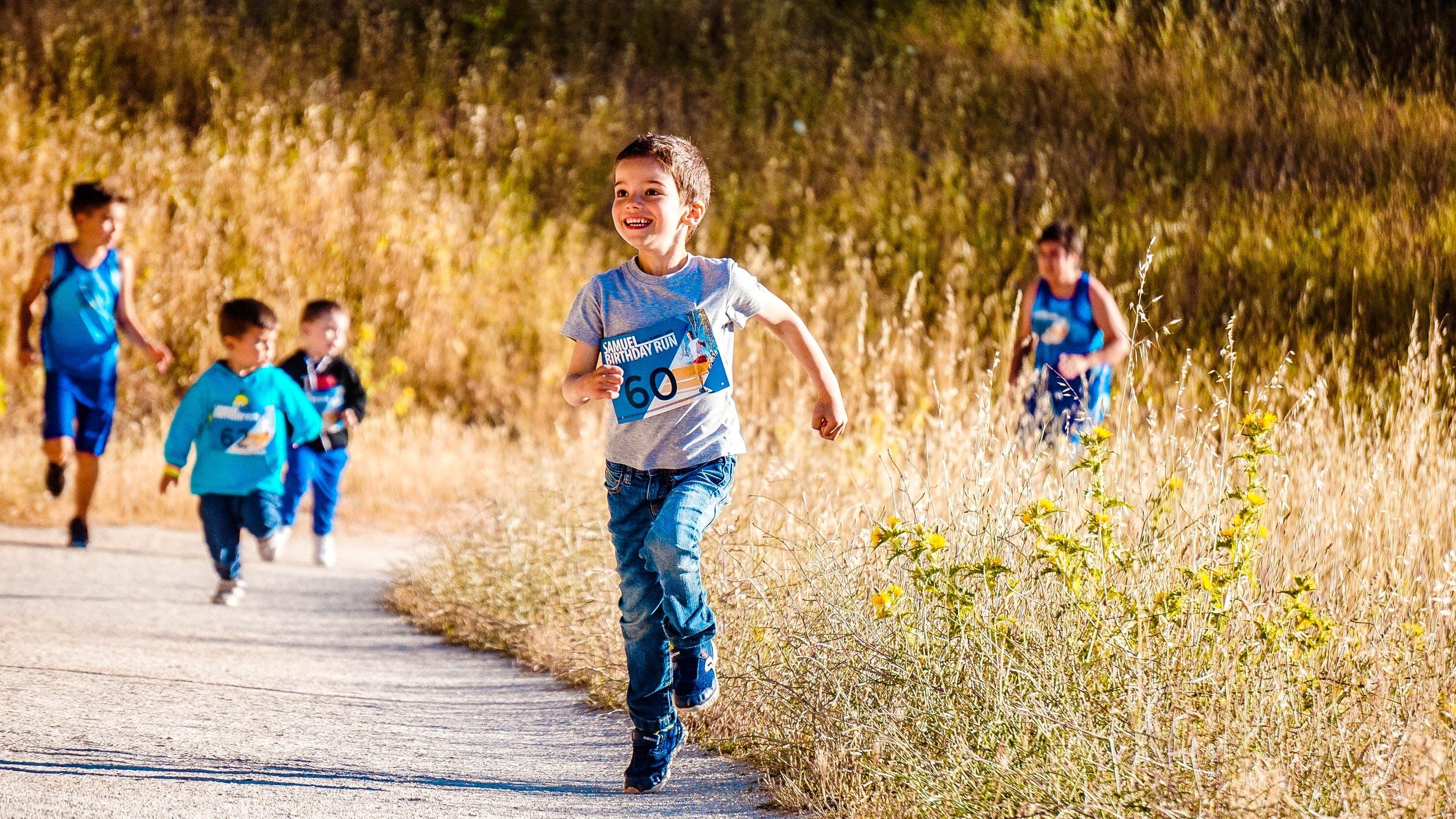 Børn der løber